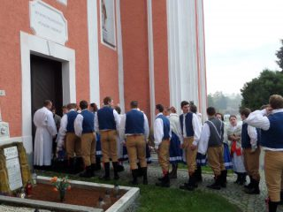 """Slavnostní """"hodová"""" mše v kostele sv. Bartoloměje"""