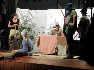 Setkání seniorů 2016 - doprovodný program - Divadelní ochotníci Kundratice