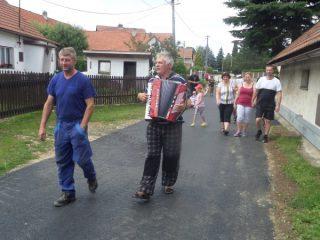 Slavnostní otevření opravené silnice - sobota 29.7.2017